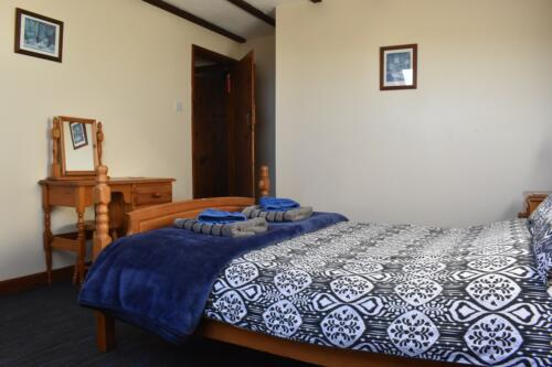 Bluebell Cottage Deanwood Holiday Cottages double bedroom
