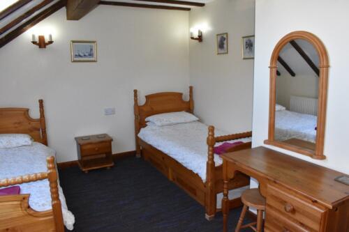 Bluebell Cottage Deanwood Holidays second bedroom