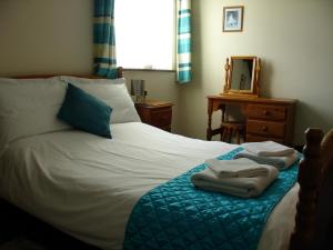 Foxes self catering Cottage, Forest of Dean, Double bedroom