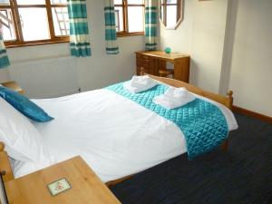 Forge Cottage double bedroom, Deanwood self catering holidays, Forest of Dean