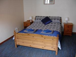 Magpie Cottage double bedroom, Forest of Dean Holiday cottages