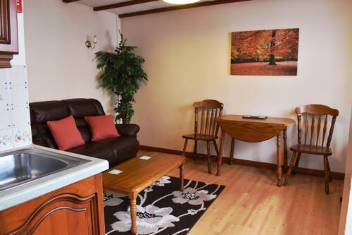 Magpie Cottage lounge Deanwood Holidays