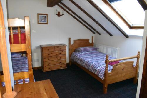 Saddlers Holiday Cottage Forest of Dean bunk bedroom