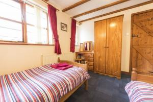 Coachmans Cottage twin bedroom, Deanwood self catering Holidays, Forest of Dean